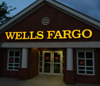 Wells_Fargo_Channel_Letters_Logo_Night_Lighted.png